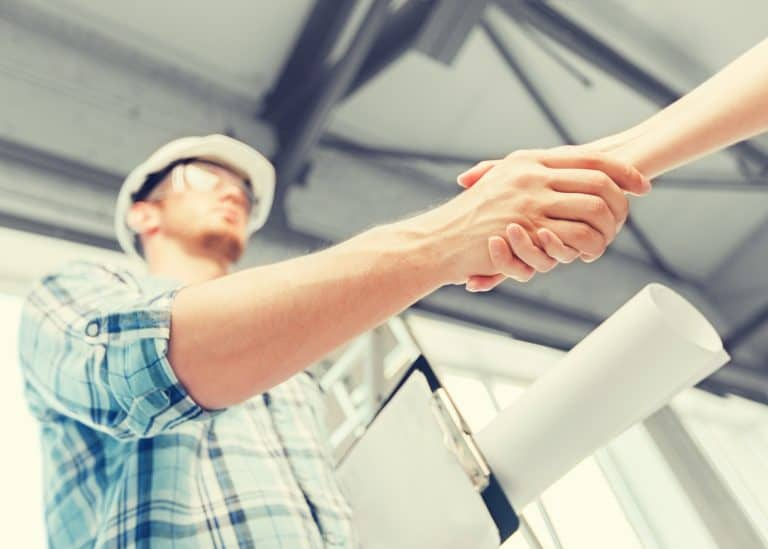 9 Things To Consider Before Hiring A General Contractor in Florida